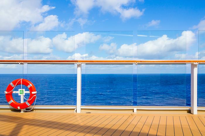 ¿Qué elementos o equipos de seguridad debemos llevar en nuestra embarcación?