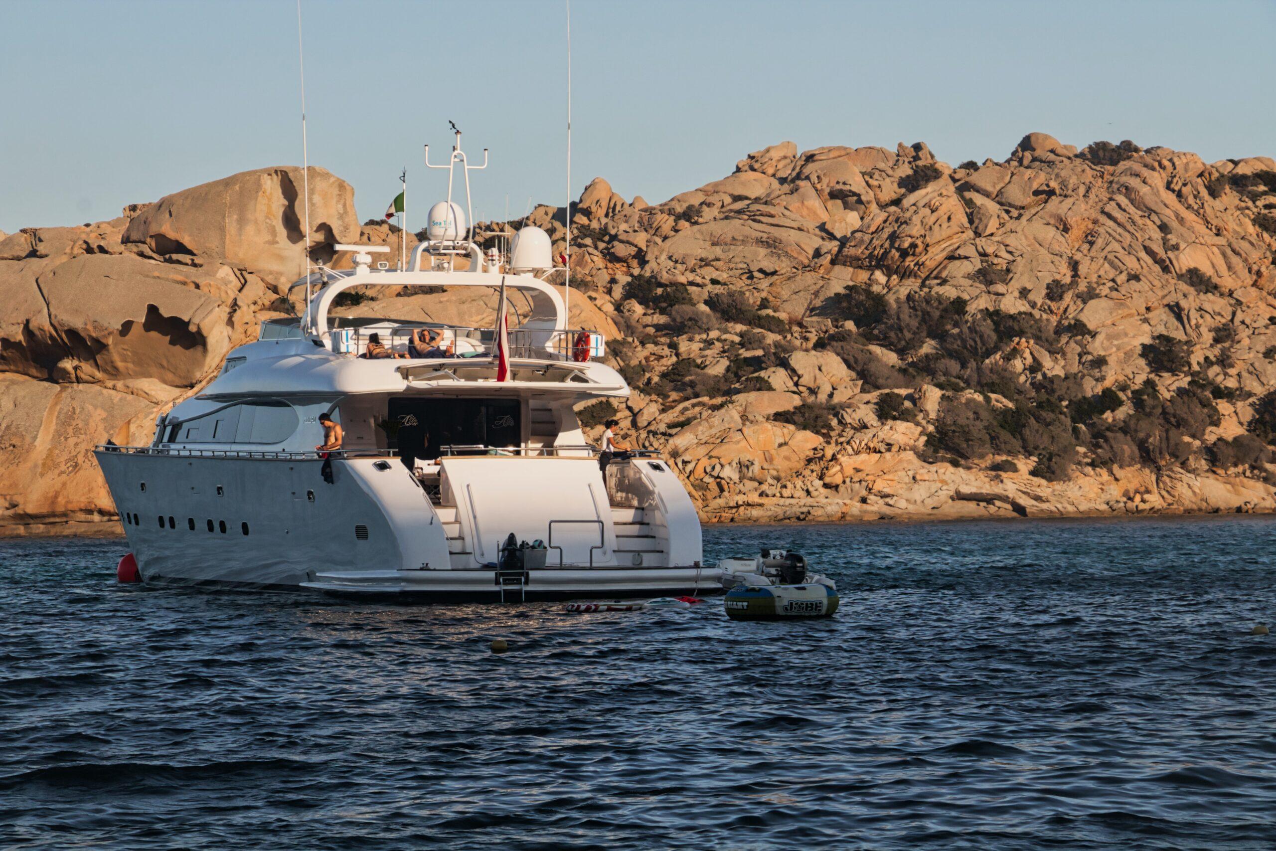 Cobertura de seguros para empresas náuticas: Seguro de accidentes para la tripulación-cliente