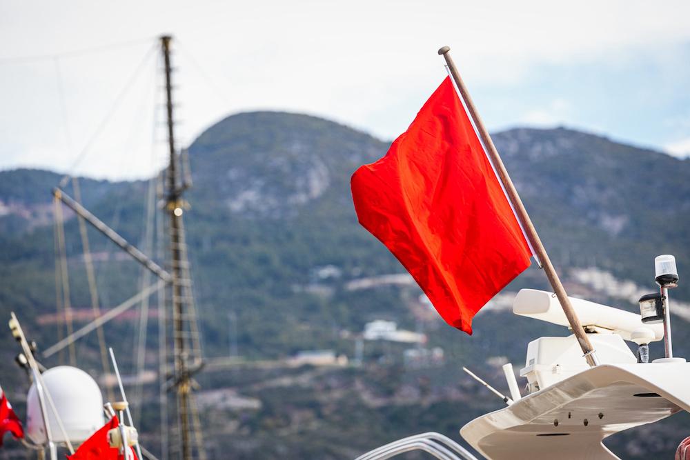 Banderas náuticas: Significado, tipos y alfabeto