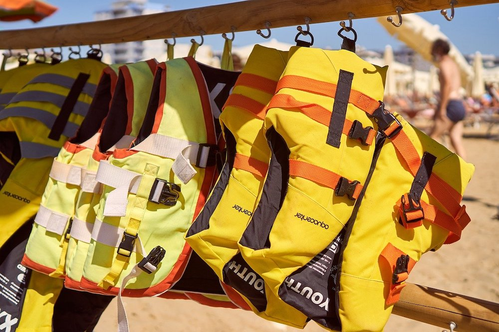 Normativa de los chalecos salvavidas para moto de agua